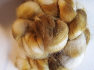 Shades of Gold Alpaca dyed combed top