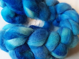 Sky Blue/Turquoise Alpaca dyed combed top