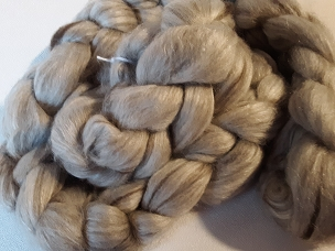 Natural White Superfine Merino Wool conbined with Dark Gray Tibetian Yak and Tussah Silk
