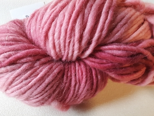 Rose Light Bulky Weight Yarn